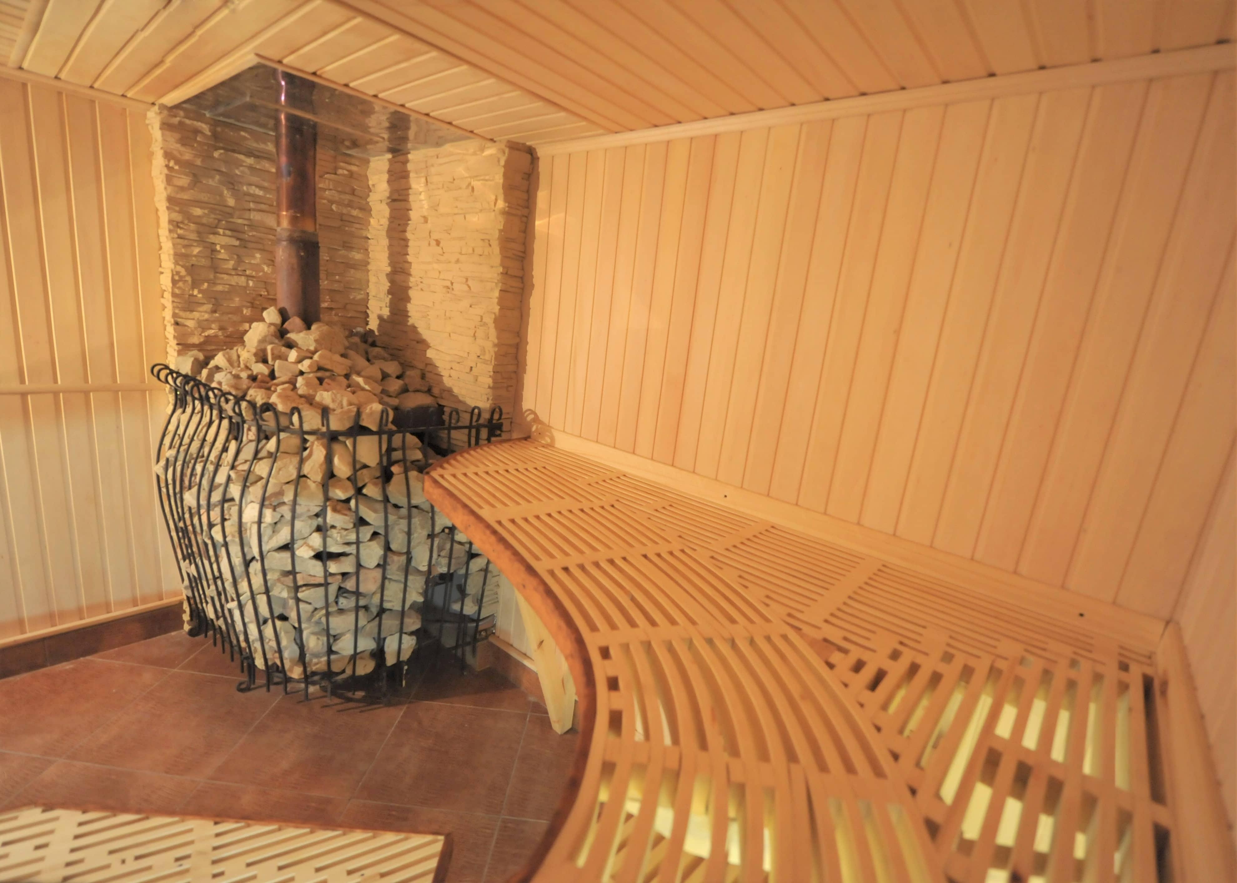 "Баня на дровах в Балаково - на базе отдыха Усадьба ""Сказка"""