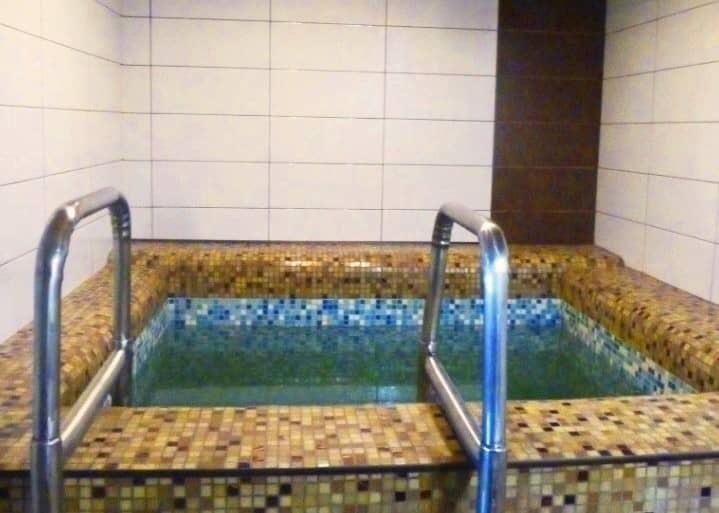 """Баня с бассейном в Балаково - на базе отдыха Усадьба """"Сказка"""""""
