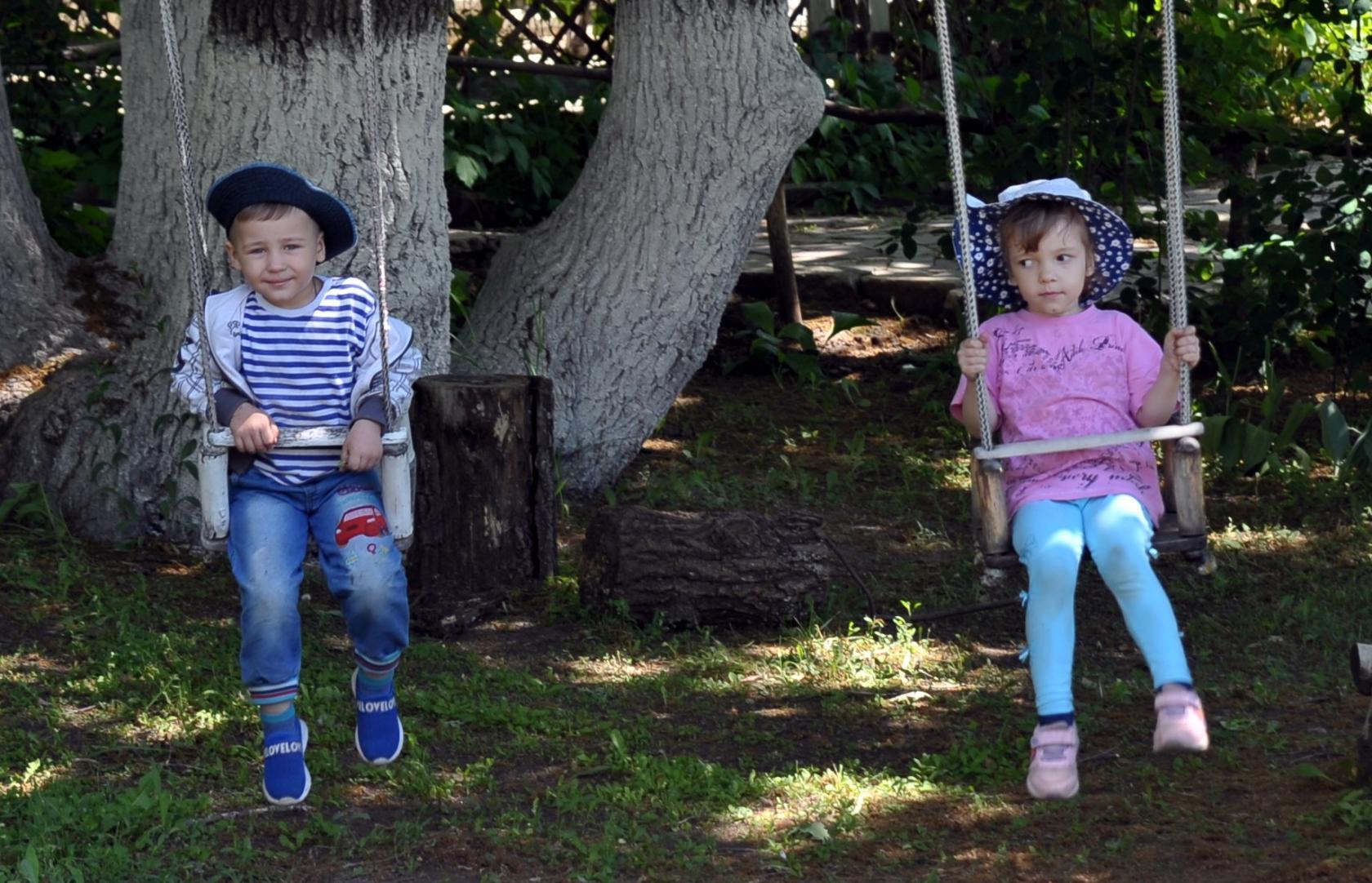 Комфортные детские площадки в Балаково на базе отдыха